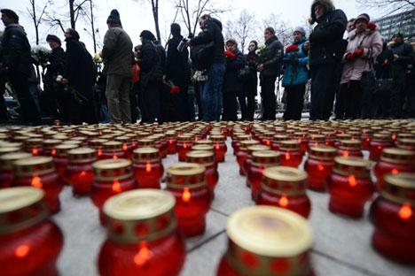No 40° dia desde seu assassinato, político recebeu homenagens por todo o país Foto: Vladímir Astapkovitch/RIA Nóvosti