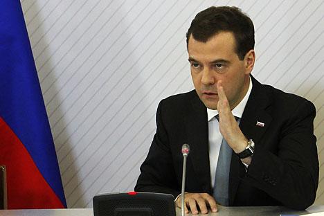 """""""Para muitos, o retorno da Crimeia foi a restauração da justiça histórica, que em seu significado é equivalente à queda do Muro de Berlim, à reunificação da Alemanha ou ao retorno de Hong Kong e Macau à China"""", disse Medvedev Foto: Reuters"""