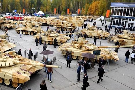 Organizadores pretendem ultrapassar o número de visitantes da Oboronekspo 2014, que atraiu 70 mil pessoas Foto: Aleksandr Riúmin/TASS