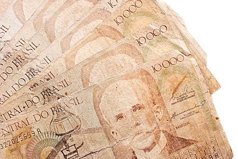 Atendente de loja confundiu dinheiro brasileiro com euros ao efetuar a venda Foto: Shutterstock