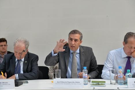 Reunião no 'Vale do Silício' russo abordou troca de tecnologias entre os países Foto: Press Photo