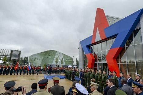 Mais de mil fabricantes de armas russos participam do Ármia-2015, no parque militar 'Patriot' Foto: RIA Nóvosti