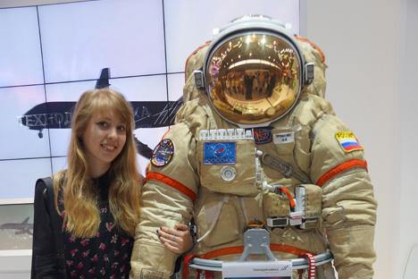 Novo traje espacial foi o item mais procurado para fotos por visitantes da Innoprom Foto: Daria Kezina