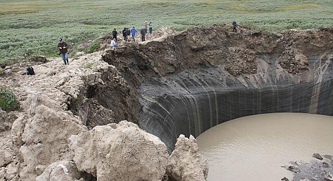 No ano passado, três expedições foram enviadas à cratera Foto: Departamento de Assuntos Internos do distrito autônomo Iamalo-Nenetski