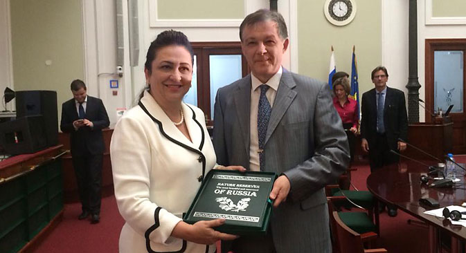 Ministra da Agricultura brasileira, Kátia Abreu, participou de evento bilateral que aconteceu paralelamente à cúpula do Brics em Ufá Foto: twitter.com/katiaabreu