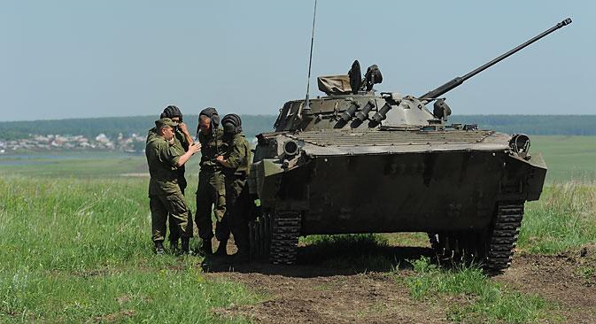 """Segundo autoridades de Moscou, soldados estariam """"voluntariamente lutando na Ucrânia"""" Foto: RIA Nôvosti"""