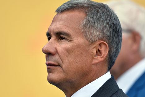 Presidente do Tatarstão chegou ao país para acompanhar competição de ensino profissionalizante.