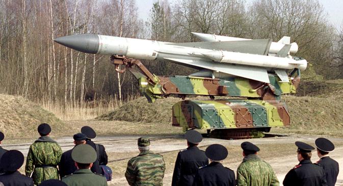 S-200 é capaz de atingir alvos a distância superior a 200 km