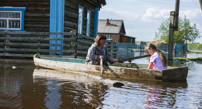 Aumento de temperatura global tem gerado fenômenos catastróficos no país, como enchentes na Sibéria