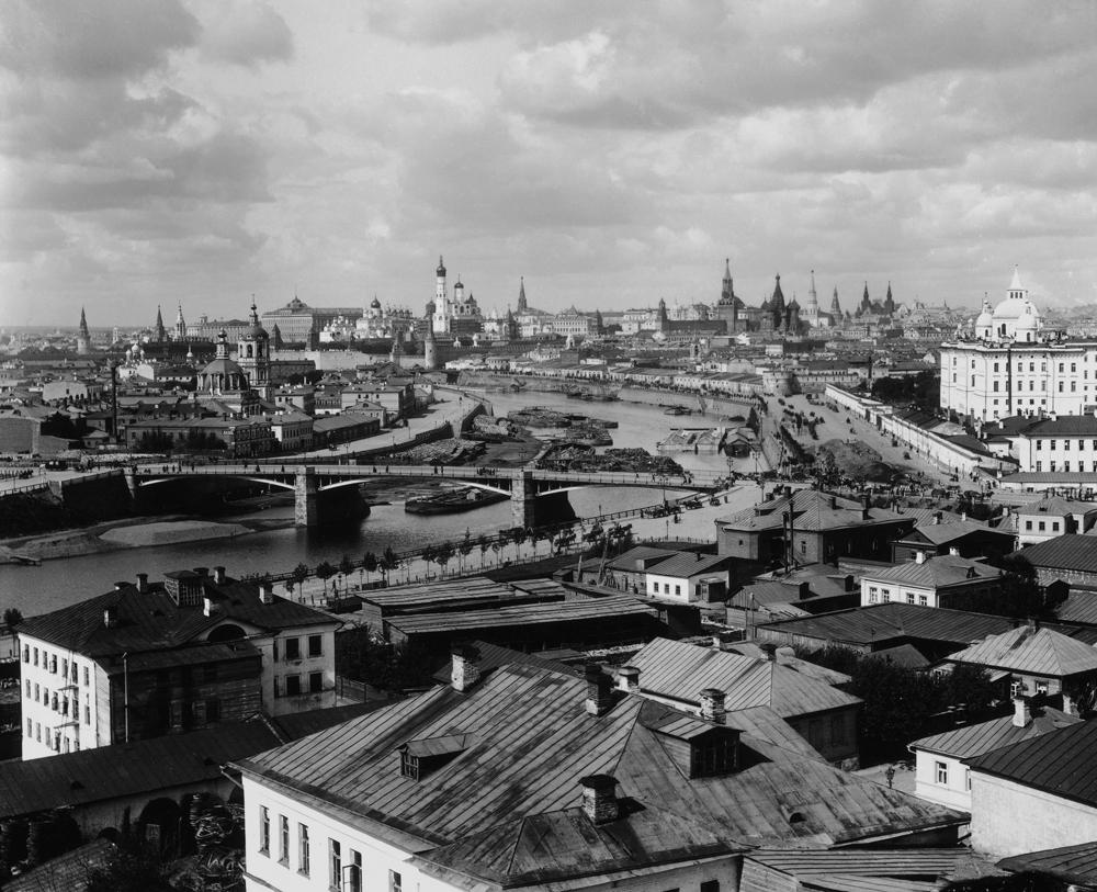 Piotr Pavlov. Panorama de Moscou nos anos 1890 e 1990