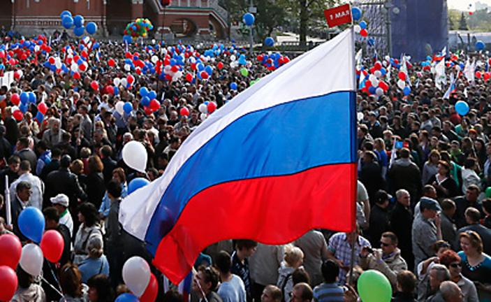 Delapan puluh enam persen orang Rusia mengatakan bahwa pengaruh negara mereka dalam hubungan internasional sangat besar.
