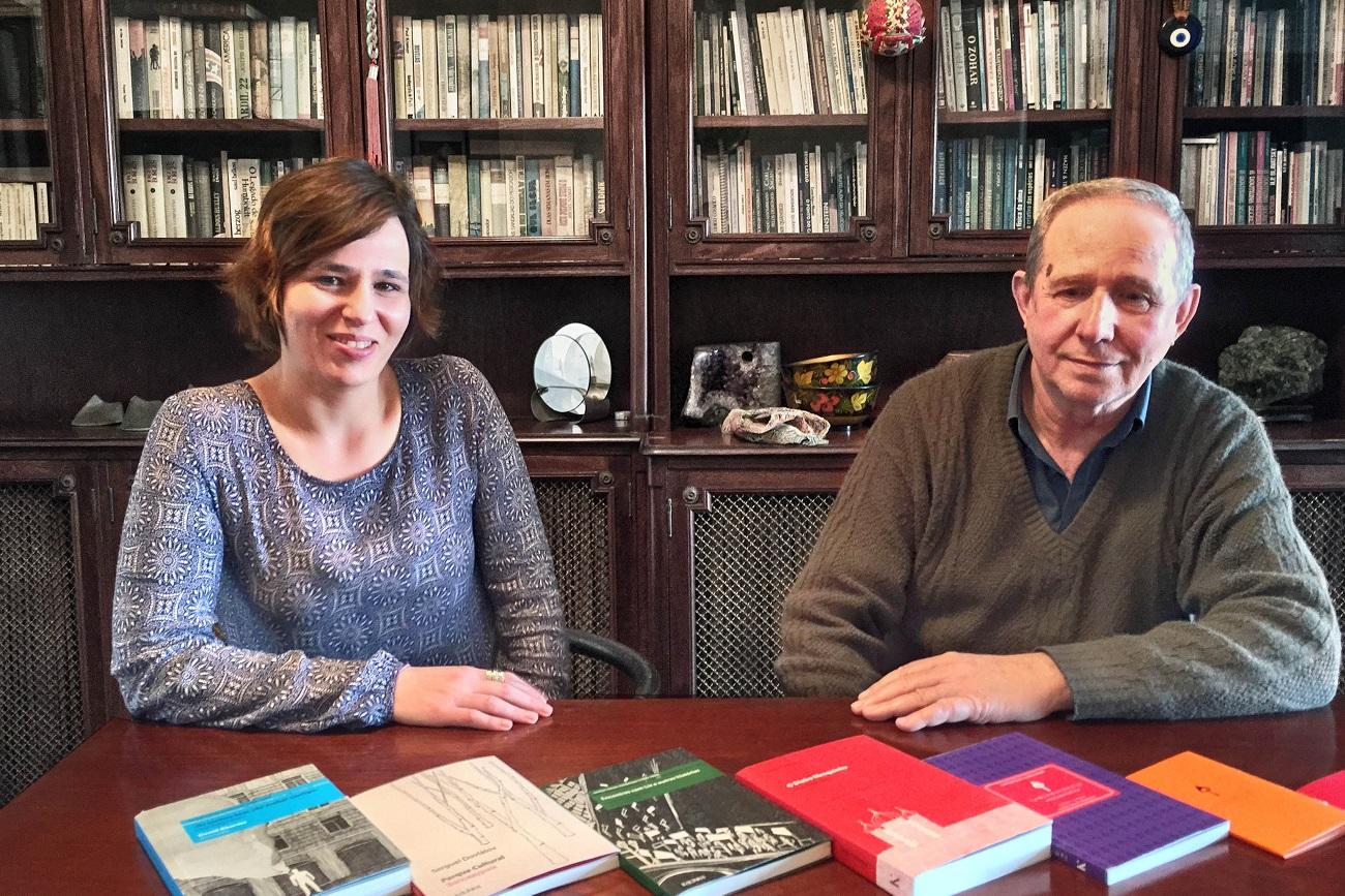 Daniela, 40, e Moissei Mountian, 69, fundadores e parceiros editoriais da 'Kalinka'.