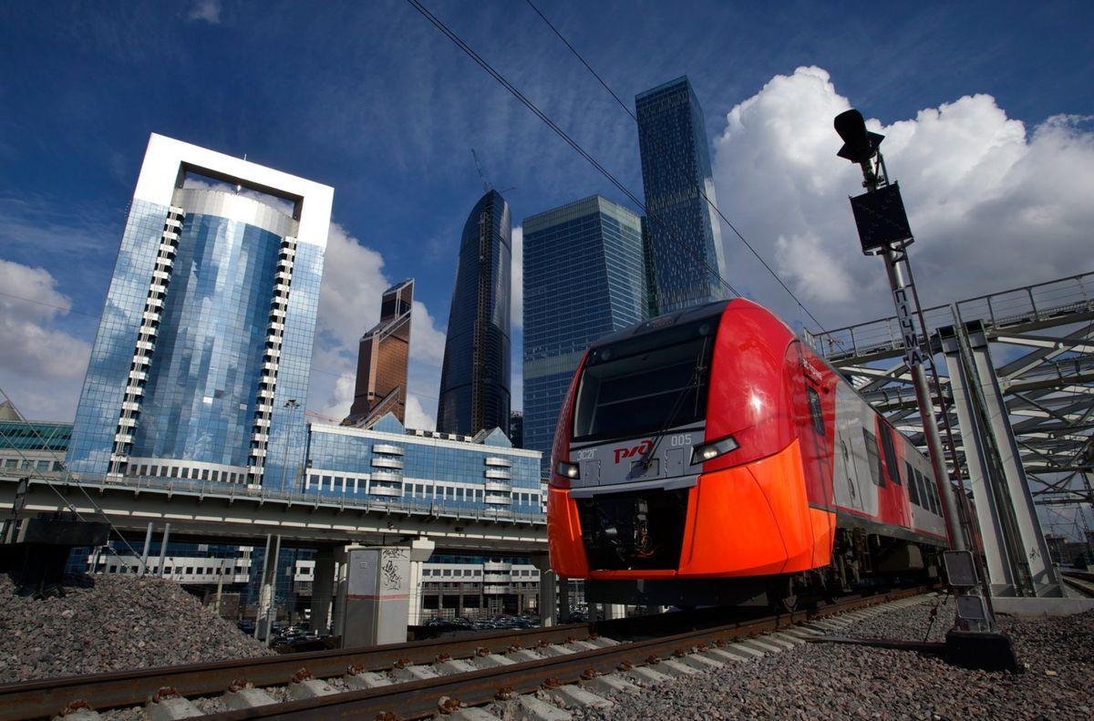10 de setembro. Capital russa lança um novo sistema de transporte, o Anel Central de Moscou. Um dos maiores projetos de transporte do país, começou a ser construído em 2012 e custou aos cofres públicos em torno de US$ 1,6 bilhão.