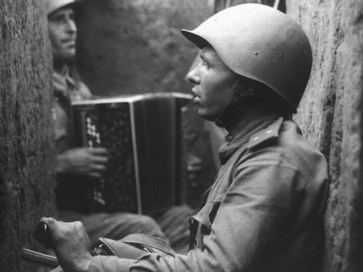 """""""A Batalha Por Nossa Ucrânia Soviética"""" (1943), do ucraniano Dovjenko."""