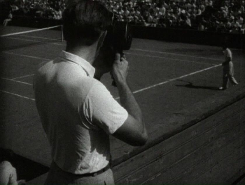 """""""Um dia do novo mundo"""" (1940), de Román Karmén e Mikhail Slútski, reúne materiais filmados em um único dia por todo o país. / Fonte: Divulgação"""