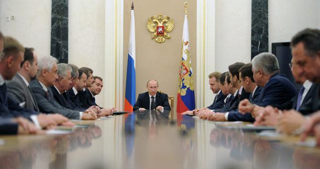 Kabinettsneubildung, doch die Macht verbleibt im Kreml. Foto: ITAR-TASS