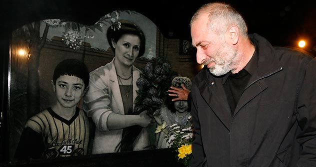 Witali Kalojew verlor seine Frau und die beiden Kinder beim Zusammenstoß zweier Flugzeuge über dem Bodensee. Foto: /Reuters_Vostock-Photo