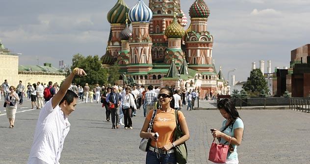 Preiswerte Hotels und Unterkünfte machen es abenteuerlustigen Reisenden leicht, Moskau zu entdecken. Foto: Lori_Legion Media