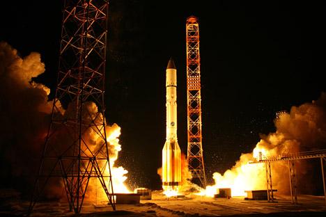 Start einer Proton-M-Trägerrakete. Foto: AP