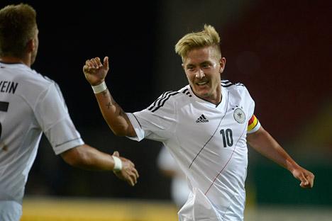 Der deutsche Nationalspieler Lewis Holtby kann in Januar wohl zu Zenit Sankt Petersburg oder Spartak Moskau wechseln. Foto: AP