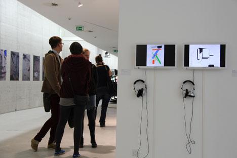 """Russische Kunst in Düsseldorf: die Ausstellung """"I am who I am"""" ist ein Querschnitt des  Schaffens junger russischer Künstlerinnen und Künstler. Foto: Elena Dozhina."""
