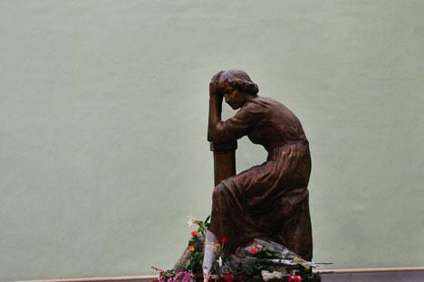 Denkmal für die Dichterin vor dem Zwetajewa-Museum in Moskau. Foto: RIA Novosti.