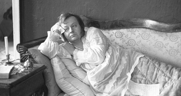 Die Romanfigur Oblomow prägte das russische Selbstbild: Schauspieler Oleg Tabakow in dieser Rolle: Bild: Kinopoisk