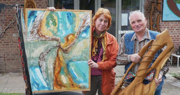 Malen und Bildhauen im Einklang: Nina Geling und Ekkahart Bouchon. Foto: Bettina Sangerhausen.