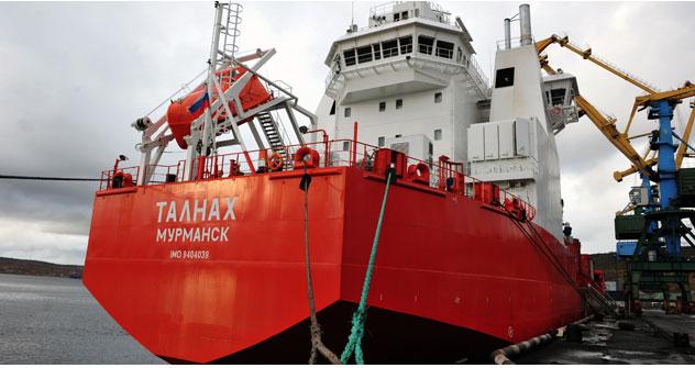 Kein Bedarf von Eisbrechern mehr: Eine eigene Flotte neuartiger Dieselelektroschiffe macht den Warentransport in Arktis leichter. Foto: ITAR-TASS.