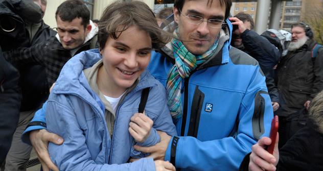 Die Pussy Riot Sängerin Jekaterina Samuzewitsch wurde am Mittwoch freigelassen. Foto: AP.