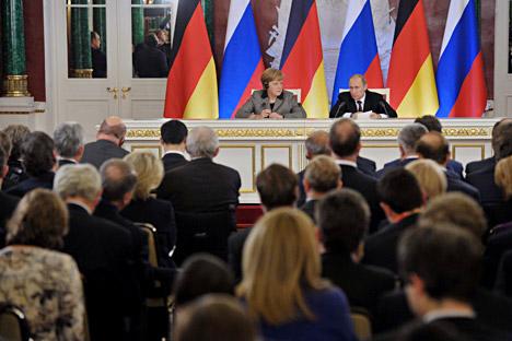 """Peterburger Dialog bleibt ein """"Knotenpunkt"""" der Zusammenarbeit zwischen Deutschland und Russland. Foto: RIA Novosti."""