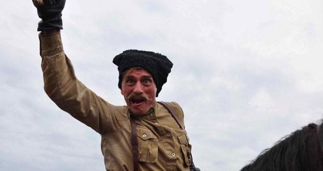 """""""Buddha's little Finger"""" ist eine Verfilmung des Romans """"Tschapajew und die Leere"""",  dessen Titel verweist auf einen in Russland berühmten General der Revolutionsarmee. Foto: Kinopoisk.ru"""