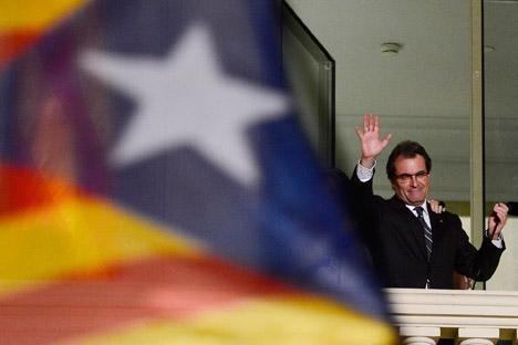 Nach dem Sieg der Partei Convergència i Unió  bei der Regionalwahl in Katalonien ist die Trennung Kataloniens von Spanien wieder ein Thema. Auf dem Bild: Ministerpräsident Kataloniens Artur Mas. Foto: AP.