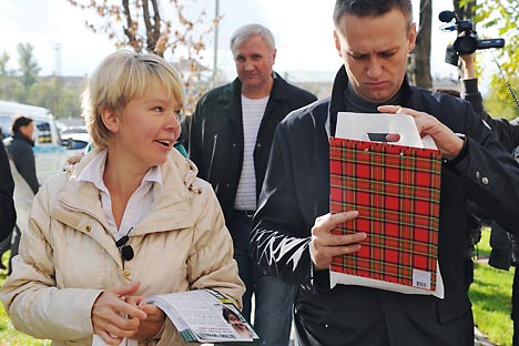 Russische Oppositionspolitiker Jewgenija Tschirikowa und Alexey Nawalny. Foto: Kommersant.