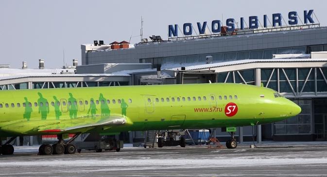 Die Teilprivatisierung der russischen Regionalflughäfen zieht ausländische Investoren an. Auf dem Bild: Flughaven Tolmatschowo in Nowosibirsk. Foto: RIA Novosti.