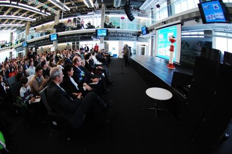 Die Internationale Konferenz Skolkovo Robotics war der Förderung von Forschung und Entwicklung auf dem Gebiet der Personalroboter und der Serviceroboter gewidmet. Foto: Pressebild