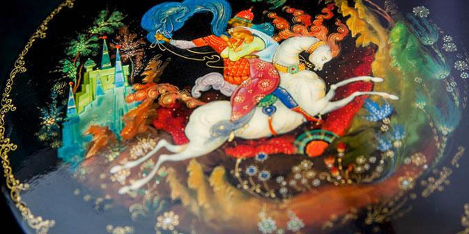 Im 18. Jahrhundert bildete sich in Palech eine Schule der Ikonen- und Kirchenmalerei heraus. Die Palecher Künstler übernahmen bedeutende Aufträge für das Zarenhaus. Foto: Jewgenij Ptuschka / Strana.ru