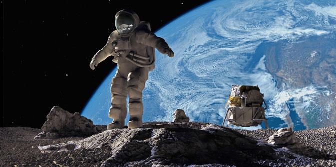 Igor Mitrofanow: De facto ist der Mond ein Kontinent der Erde. Foto: Getty Images / Fotobank