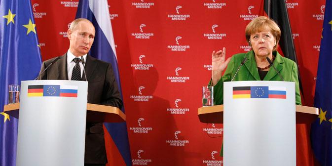 Wladimir Putin und Angela Merkel während der Pressekonferenz nach dem Rundgang auf der Hannover Messe am 8. April 2013. Foto: Reuters