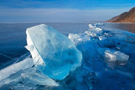 Der gefrorene Baikalsee. Foto: Andrey Beslepkin / focuspictures