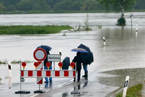 Die Autobahn zwischen München und Salzburg ist wegen Hochwasser gesperrt. Foto: Reuters