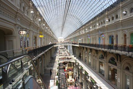 Das GUM befindet sich gegenüber dem Roten Platz und dem Kreml. Es ist das größte Einkaufszentrum im Stadtzentrum. Foto: Ajay Kamalakaran