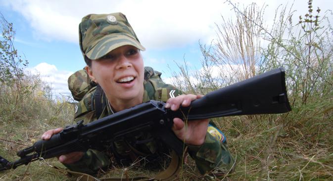 In einem neuen Gesetzesentwurf ist die Möglichkeit vorgesehen, dass auch Frauen in der Armee dienen können, wenn sie dies wünschen. Foto: RIA Novosti