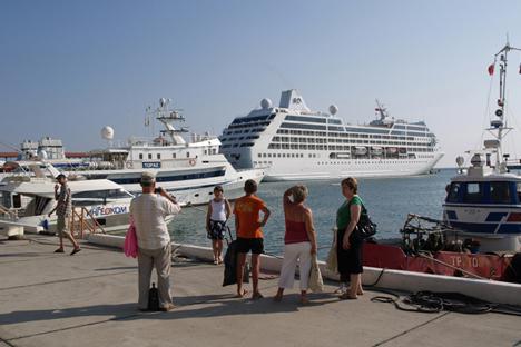 Kreuzfahrtschiffe wurden als schwimmende Hotels schon während der Spiele in Sydney, Athen und London benutzt. Foto: PhotoXPress