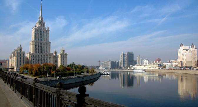Das Hotel Ukraina, gebaut 1957, wurde im April 2010 nach Sanierung in Radisson Royal Hotel Moscow umbenannt. Foto: Pressebild
