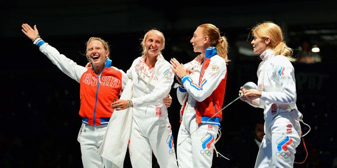 Erstmals seit zehn Jahren: Russische Degenfechterinnen gewinnen WM in Budapest. Foto: AFP/East News