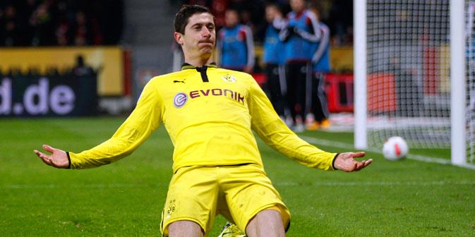 Die Gerüchte über Lewandowskis Abschied von Borussia wurden zum Ende der Saison, insbesondere nach dem verlorenen Champions-League-Finale, lauter, da der Vertrag des Polen nur noch bis Juni 2014 gültig ist.  Foto: Reuters