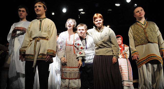 Das Theater der offenen Herzen bietet Menschen mit Down-Syndrom eine Bühne für ihr Engagement. Foto: PhotoXPress