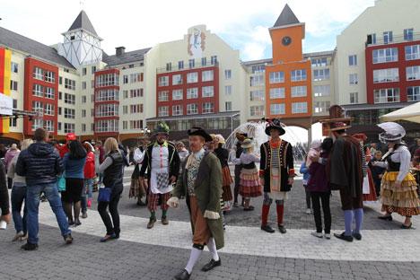 Die Einweihungsfeierlichkeiten des deutschen Dorfes im September. Foto: Igor Kuraschow/Rossijskaja Gaseta