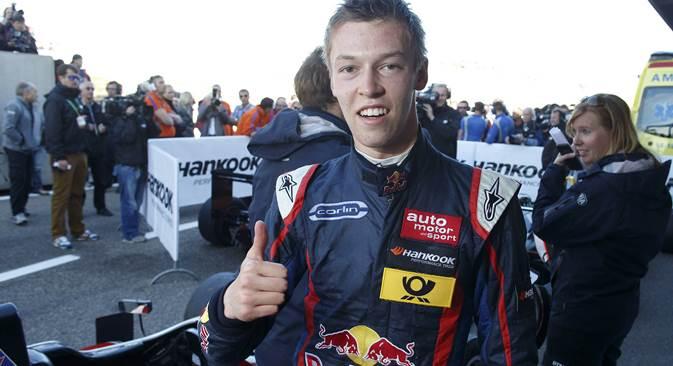 Der zukünftige Toro-Rosso-Pilot Daniil Kwjat nimmt bereits diese Saison am freien Training der Formel 1 teil. Foto: Imago/Legion Media